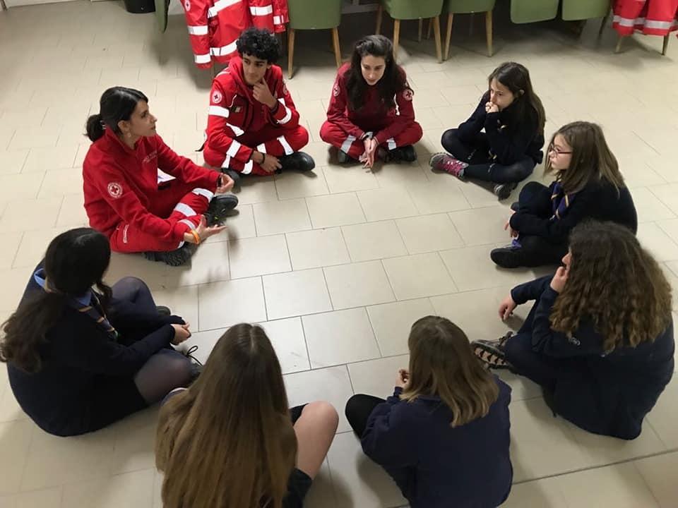 Le attività dei Giovani CRI per la giornata in Piazza San Iacopo
