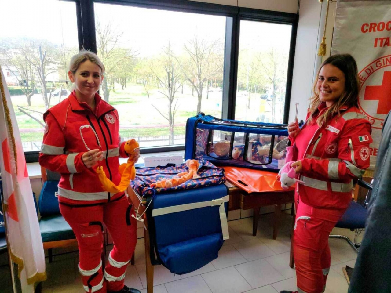 Donazione del Rotary Club Arezzo alla CRI