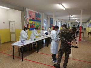 Test rapidi nelle scuole superiori di Montevarchi e Levane